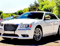 21-Chrysler-300-new-16