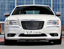 21-Chrysler-300-new-2