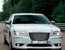 21-Chrysler-300-new-29